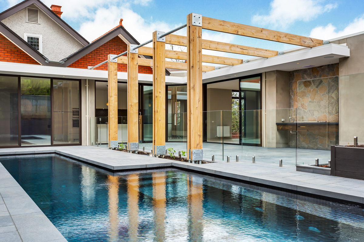 Commercial windows the perfect luxury for australian for Luxury home windows