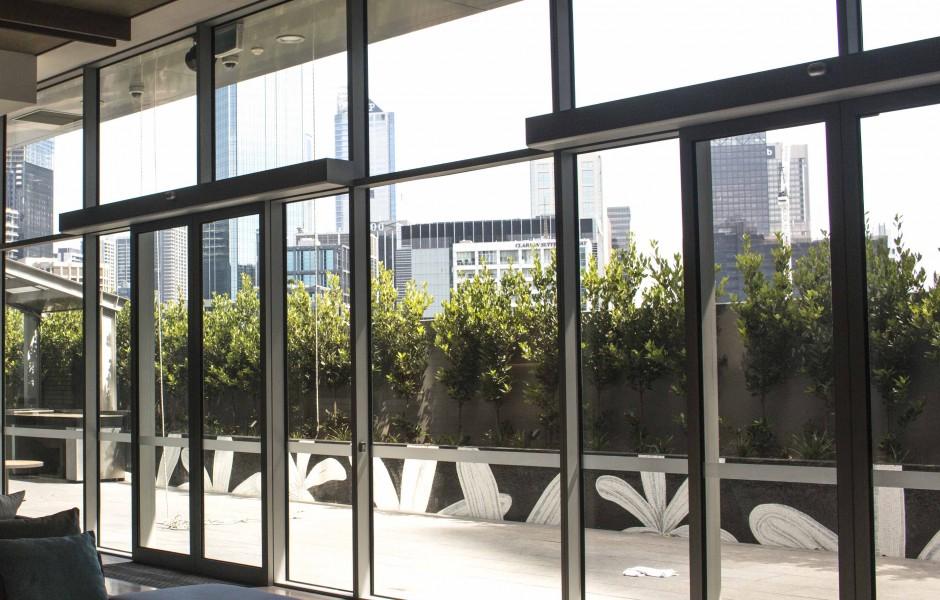 Glazing Framing Systems : Frameless double glazed glass walls avanti systems usa