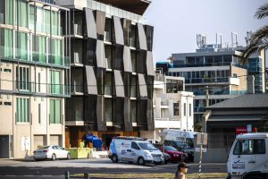 Alumuna Residences 2 - EDGE Architectural Glazing Systems. Thermally broken window systems