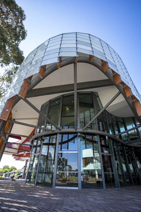 Curved facade of of the new Springvale Library